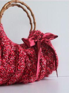 ed1e8857df www.designerclan com wholesale PRADA tote online store