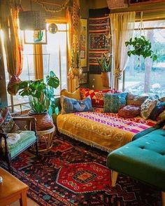 Small Room Decor, Room Decor Bedroom, Narrow Living Room, Living Spaces, Zen, Living Room Decor Inspiration, Sofa, Home And Deco, House And Home Magazine