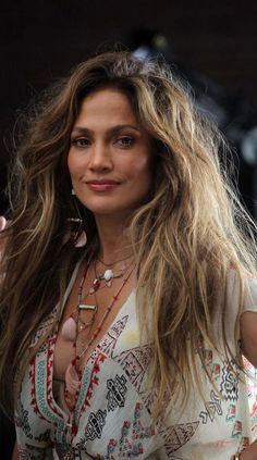This is what Jennifer Lopez is doing with her hair right now (it's very '90s)