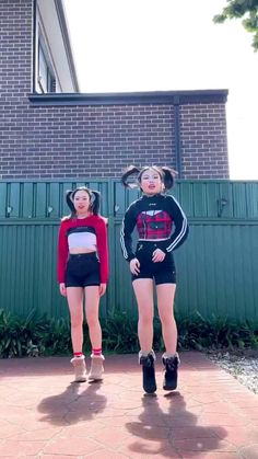 Crazy Funny Videos, Funny Videos For Kids, Cute Couple Videos, Hip Hop Dance Videos, Dance Choreography Videos, Black Pink Songs, Black Pink Kpop, Black Outfit Grunge, Funny Films