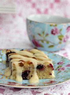 Pellillinen marja-valkosuklaapiirakkaa - Pullahiiren leivontanurkka No Bake Cake, Cheesecake, Pie, Healthy Recipes, Baking, Desserts, Food, Cakes, Torte