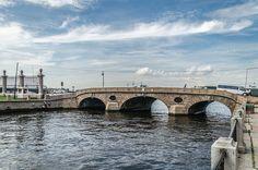 Prachechny Bridge in SPB -