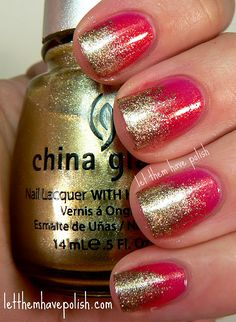 Pink and Gold Glitter (Effie Trinket Nails from the Hunger Games) Gold Glitter Nails, Pink Nails, Gradient Nails, Gold Manicure, Gold Gradient, Gold Nail, Gold Sparkle, Cute Nails, Pretty Nails