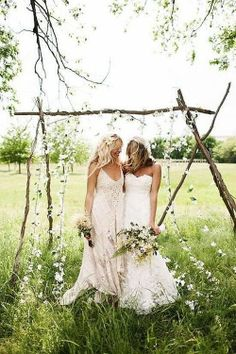 beautiful bohemian lesbian wedding