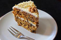 karolina-azzaro: Mrkvová torta (Carrot cake) Carrot Cake, Banana Bread, Cake Recipes, Carrots, French Toast, Food And Drink, Pie, Sweets, Breakfast