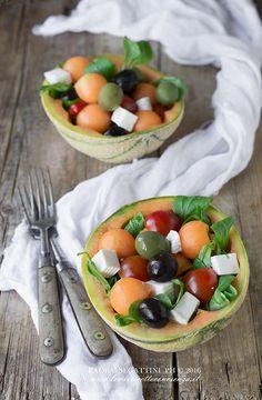 Insalata con melone, primosale e valerianella