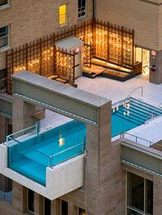 8 Awe-Inspiring Swimming Pools