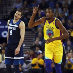 Warriors literally run Timberwolves out of the building