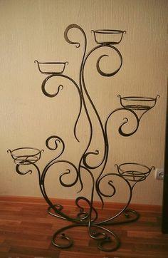 Кованые изделия, под Iron Furniture, Steel Furniture, Luxury Furniture, House Plants Decor, Plant Decor, Wire Crafts, Metal Crafts, Wrought Iron Decor, Metal Bending