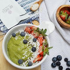 Vanilla Matcha Green Tea Breakfast Smoothie Bowl! It requires a little bit of prep the night before so that you have a really thick base to start with in the morning; otherwise, it's as simple as making a regular smoothie.