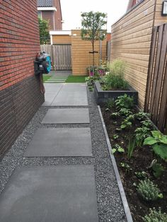 Backyard Landscaping Ideas - The perfect southerly garden begins with a sensation. Obtain influenced by our favorite landscaping concepts, from hills of hollyhocks to simple lawn steps. Backyard Garden Design, Small Garden Design, Balcony Garden, Backyard Ideas, Patio Design, Patio Ideas, Back Gardens, Outdoor Gardens, Side Yard Landscaping