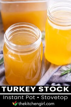 How to make turkey stock with leftover turkey bones, vegetables, and herbs. Use as turkey broth for soup recipes, gravy, risotto, casseroles, or any recipes made with turkey stock or broth. This easy turkey stock recipe uses the bones from a turkey carcass, fresh vegetables, seasonings, and water. | The Kitchen Gril @thekitchengirl #turkeystock #turkeybroth #howtomakehomemadeturkeystock #thanksgivingleftovers #thekitchengirl Easy Thanksgiving Recipes, Easy Holiday Recipes, Water Recipes, Soup Recipes, Turkey Stock Recipe, Cheesy Potato Soup, Recipe Maker, Turkey Broth, Roast Turkey Breast