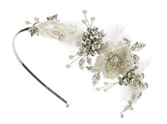 Love this Halo & Co vintage lace hair accessory. The perfect alternative to the traditional veil.