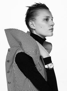 Fashion Essay, Fashion Story, Harper's Bazaar, Fashion Silhouette, Fashion Photography Inspiration, Sleek Look, Studio Portraits, Fashion Stylist, Country Girls