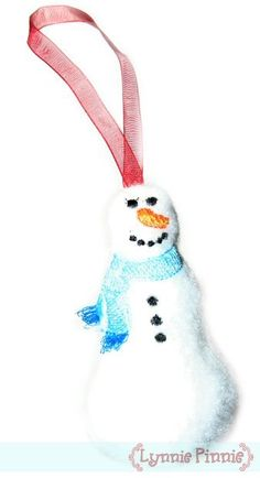 Embroidery Designs - In the Hoop Snowman ornament 4x4 & 5x7 - Welcome to Lynnie Pinnie.com! Instant download and free applique machine embroidery designs in PES, HUS, JEF, DST, EXP, VIP, XXX AND ART formats.