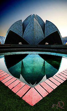 Baha'i House of Worship (Lotus Temple), New Delhi, India via flickr