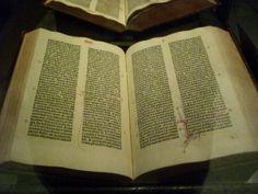 Description Gutenberg Bible - Aaron Gustafson.jpg A sacred online space at http://www.godismyguide.com