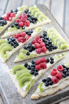 Easy Fruit Pizza | Countryside Cravings