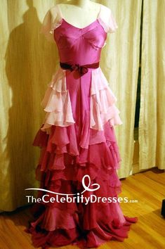 Hermione Granger Yule Ball Pink Ruffled V-neck Evening Dress Harry Potter Hermione Dress, Hermione Granger Costume, Harry Potter Dress, Harry Potter Hermione Granger, Harry Potter Cosplay, Harry Potter Outfits, Halloween Bride Costumes, Harry Potter Halloween Costumes, Holiday Costumes