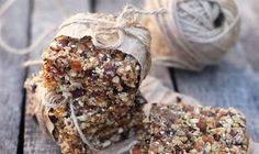 Looking for something #healthy to nosh on? These #snacks made with trail mix are perfect!