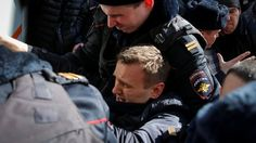 Alexei Navalny, Russian opposition leader, arrested in Moscow - BBC News
