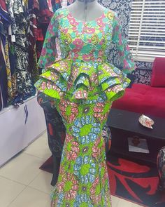 Classy picture collection of Beautiful Ankara Skirt And Blouse Styles These are the most beautiful ankara skirt and blouse trending at the moment. If you must rock anything ankara skirt and blouse styles and design. African Fashion Designers, Latest African Fashion Dresses, African Dresses For Women, African Print Dresses, African Print Fashion, Africa Fashion, African Attire, African Wear, Ankara Fashion