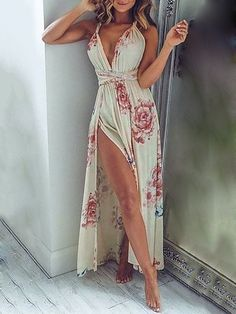 Floral Print Halter High Slit Plunge Maxi Dress - The Fashion United Side Slit Maxi Dress, Floral Maxi Dress, Boho Dress, Maxi Dresses, Summer Outfits, Cute Outfits, Mein Style, Summer Fashion Trends, Fashion Outfits