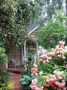 Love this hidden porch...