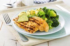 http://www.plus.nl/recepten/geroosterde-tilapiafilet-met-roergebakken-broccoli-en-krielaardappeltjes Bekijk via deze link dit heerlijke Zo Gecheft recept. Geroosterde tilapiafilet met roergebakken broccoli en krielaardappeltjes