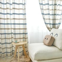 Plaid window curtains are simple but elegant. This plaid curtain gives people a feel of rational and tidy. It is made of chenille that is durable and has a good vertical sense. Plaid Curtains, Window Curtains, Dark Blue Color, Chenille Fabric, Blackout Curtains, Projects To Try, Windows, Bedroom, Printed
