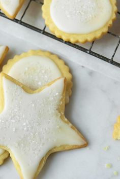 Holiday Butter Cookies Recipe (i used this for the icing. replace corn syrup with honey)