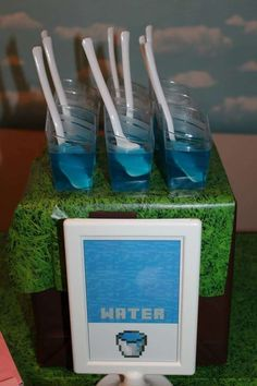 Square water from jello. Chase's Minecraft Bash | CatchMyParty.com