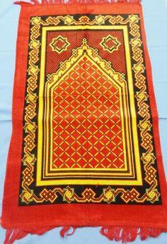 tapete islamico para oracao vermelho e amarelo