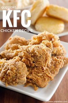 This copycat KFC chicken recipe is one of the best recipes I have found! This copycat KFC chicken recipe is one of the best recipes I have found! Homemade Fried Chicken, Crispy Oven Fried Chicken, Fried Chicken Recipes, Healthy Chicken, Pressure Cooker Fried Chicken, Buttermilk Oven Fried Chicken, Fried Chicken Skin, Fried Chicken Wings, Oven Chicken