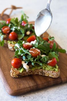 Vegan BLT Toast with tempeh and avocado on seeded bread with cherry tomatoes, arugula, and cashew mayonnaise. Gluten-free, oil-free, delicious and easy to make. Try it out for a light lunch or meal! | Toast Ideas | Flora Easy Vegan Lunch, Vegan Lunches, Vegetarian Lunch, Vegan Meals, Vegan Food, Vegan Breakfast Recipes, Delicious Vegan Recipes, Real Food Recipes, Free Recipes