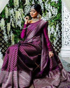 Kanjivaram Sarees Silk, Indian Silk Sarees, Bengali Saree, South Silk Sarees, Mysore Silk Saree, Kanchipuram Saree, Bridal Sarees South Indian, Indian Bridal Outfits, Indian Wedding Sarees