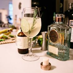 #BrooklynGin and Tonic with help from #LiberAndCo
