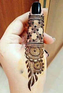Are you looking for Best Simple Mehndi Designs? Your search is over :)