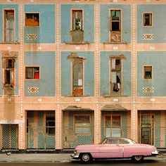 LUMAS Gallery will present a new series of limited editions by photographers Werner Pawlok, Luigi Visconti and Larry Yust, in an exhibition titled Viva Cuba! (on view from 30th September 2015). The world-renowned, Stuttgart-based photographer Werner Pawlok is already one of LUMAS' bestselling photographers for his series 'Cuba – expired', having dedicated himself to the Caribbean country since 2004. …
