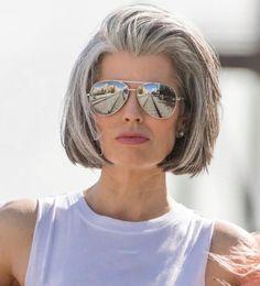 Grey Hair Over 50, Short Grey Hair, Haircut For Older Women, Short Hair Cuts For Women, Grey Hair And Glasses, Medium Hair Styles, Short Hair Styles, Grey Hair Transformation, Grey Hair Inspiration