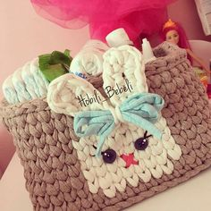 New crochet kids purse easter baskets 52 Ideas Crochet Basket Pattern, Knit Basket, Crochet Stitches Patterns, Crochet Baskets, Crochet Case, Crochet Toys, Knit Crochet, Crochet Hats For Boys, Kids Purse