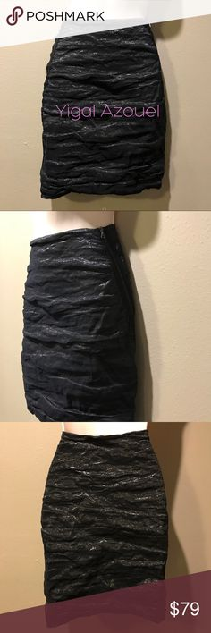 Yigal Azouel Black Scrunch Overlay Skirt, 8 In excellent preowned condition, awesome skirt with stretching my name is zippers that slightly wrap on both sides. By Yigal Azrouel.  Size is US 8 Yigal Azrouel Skirts