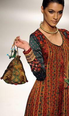 Wills India Fashion Week, 2010 Churidar, Salwar Kameez, Anarkali, Indian Attire, Indian Wear, Ethnic Fashion, Asian Fashion, Indian Dresses, Indian Outfits