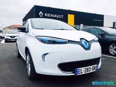 First impression: the little 2017 Renault Zoe guillotines the competition
