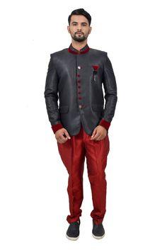 ONLINE DESIGNER COLLECTION RECEPTION SUIT  #royalbluebandhgala #bluebandhgala #suitsblazer Reception Suits, Nehru Jackets, Traditional Looks, Blazers For Men, Indian Ethnic, Wedding Suits, Designer Collection, Formal Wear, Blazer Suit
