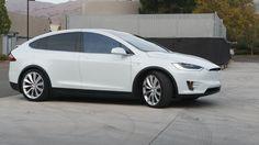 2016 Tesla Model X Preview - CNET