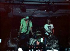 Nirvana at Stache's, Columbus, Ohio, USA, 09.May 1990, Krist play his Gibson Ripper Bass and Kurt a Aria Walnut Pro II Cardinal