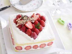 苺でハート型のデコレーションケーキ