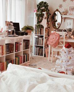 Room Design Bedroom, Room Ideas Bedroom, Bedroom Decor, Study Room Decor, Aesthetic Room Decor, Cozy Room, Dream Rooms, House Rooms, Girl Room
