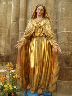 My Blessed Heavenly Mother. Madonna, Blessed Mother Mary, Blessed Virgin Mary, Catholic Art, Religious Art, Catholic Saints, Image Jesus, Virgin Mary Statue, Images Of Mary